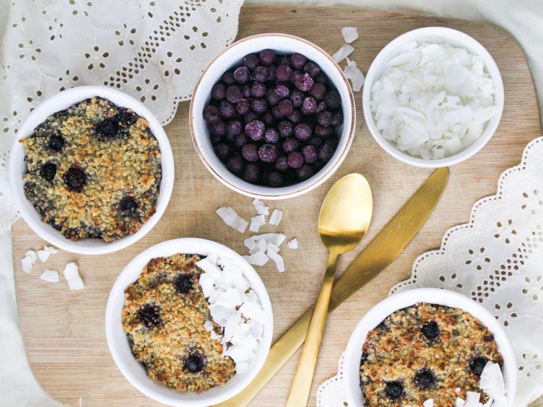 Berry_Coconut_Quinoa_Porridge_FromMyBowl_Breakfast-1