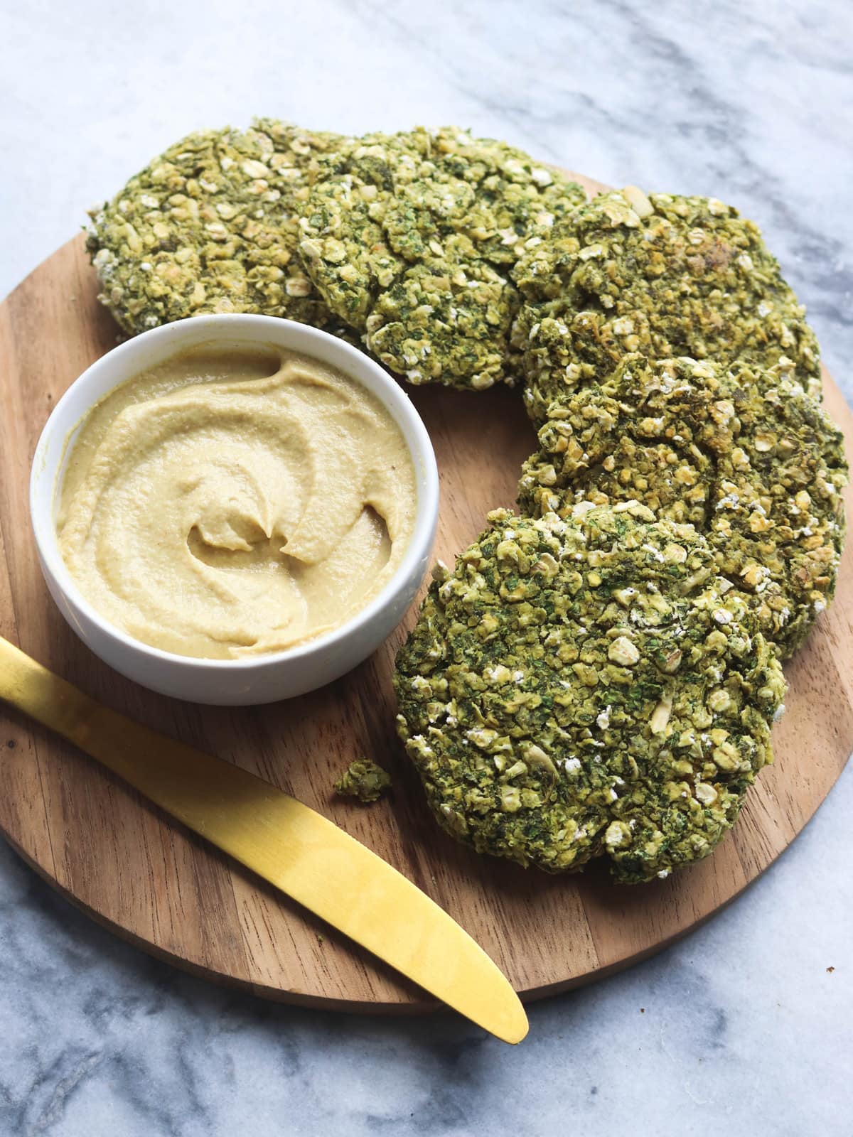 Kale_Pesto_Burgers_Creamy_Dijon_Maple_Spread_FromMyBowl-5