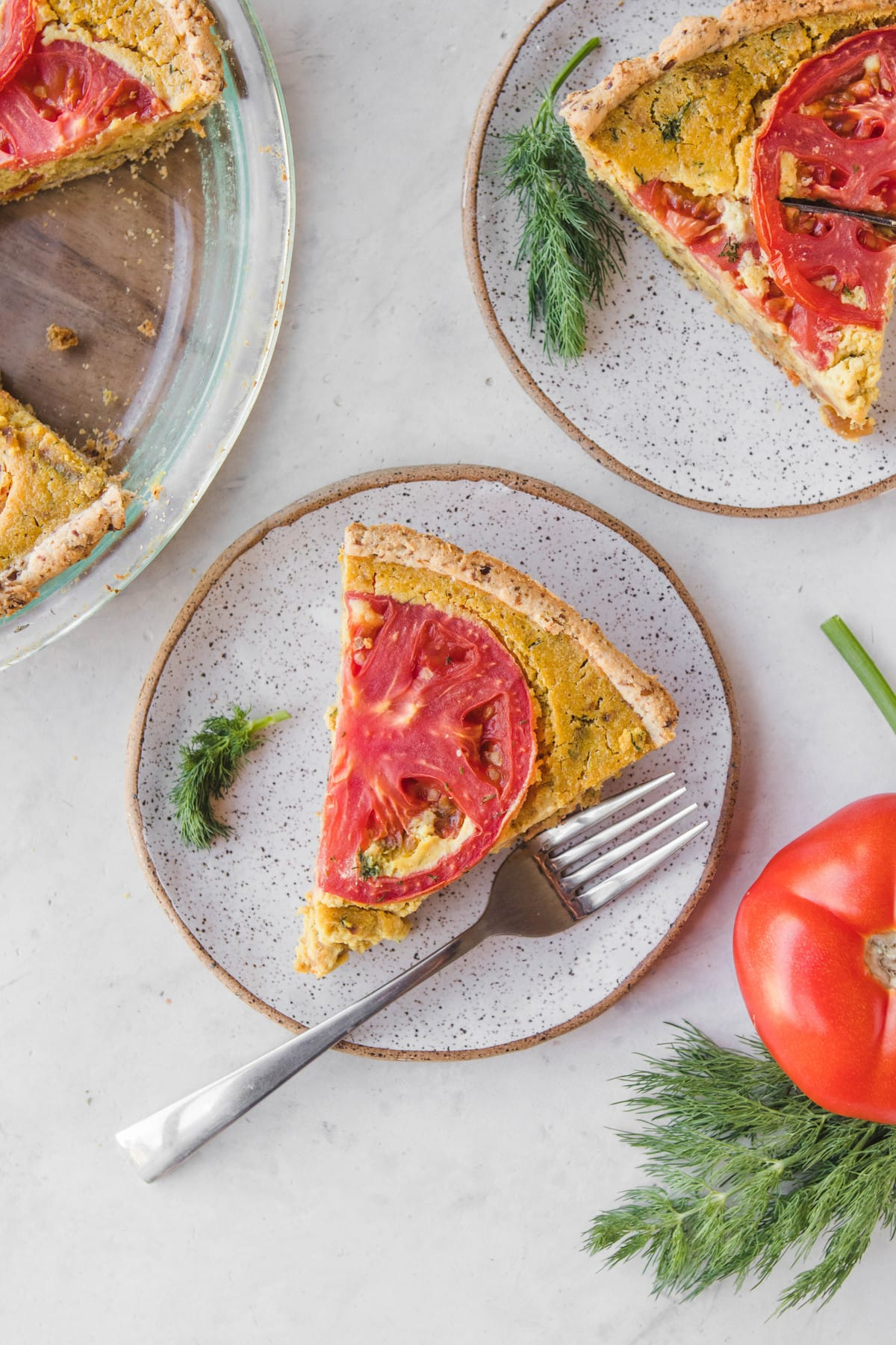 vegan quiche with tomatoes