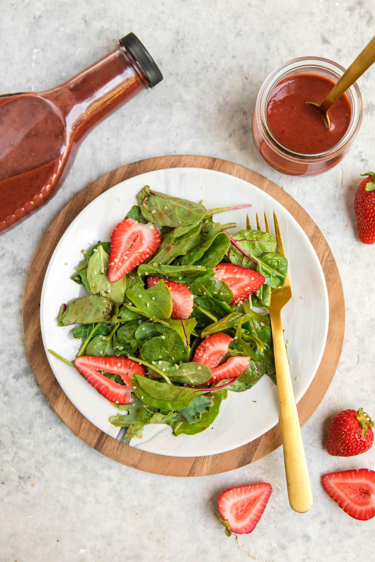 simple salad with roasted strawberry balsamic vinaigrette